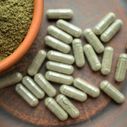 Red Veined Maeng Da Supreme Kratom Capsules